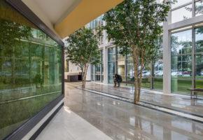 Galleria 100/200 Lobby